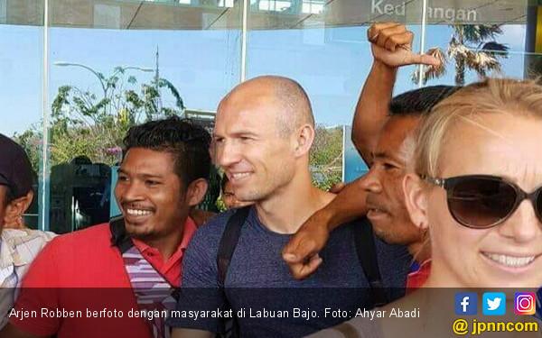 Arjen Robben Berkunjung Ke Indonesia Labuan Bajo Dan Kemungkinan Akan Melanjutin Kariernya Di Liga Indonesia