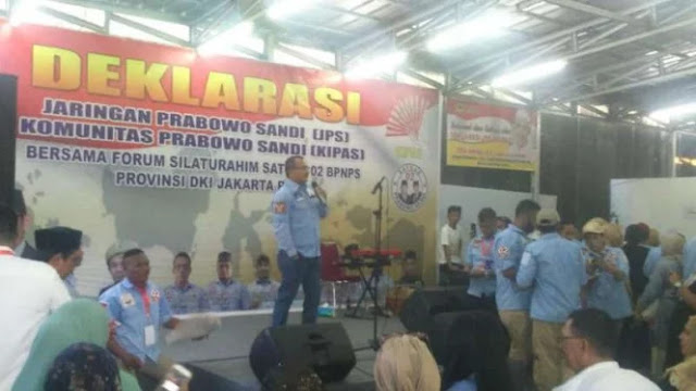 Suara Ferdinand Semangati Emak-Emak Pulangkan Jokowi ke Solo