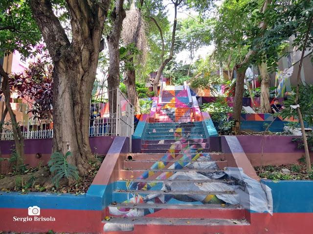 Vista ampla da Escadaria das Bailarinas - Pinheiros - São Paulo