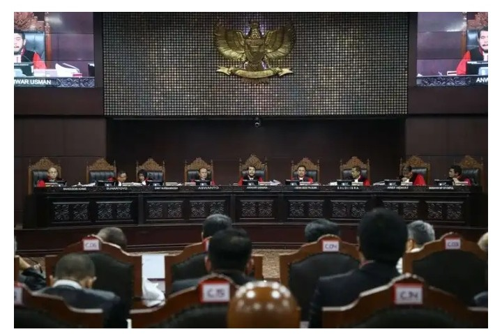 Heboh Kuasa Hukum Prabowo-Sandi Bongkar Ribuan TPS Siluman
