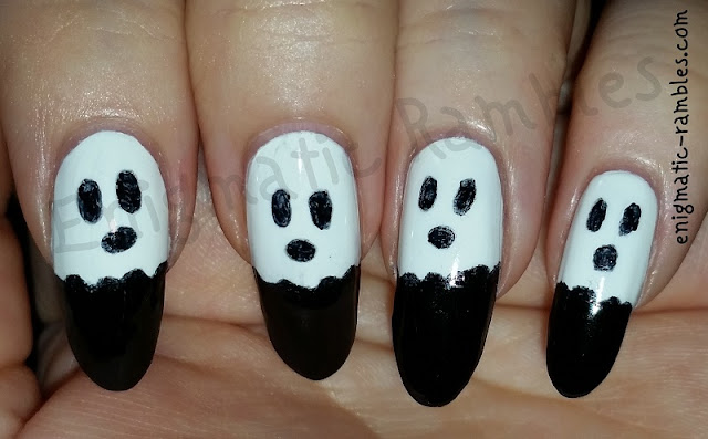 ghost-halloween-nails-nail-art