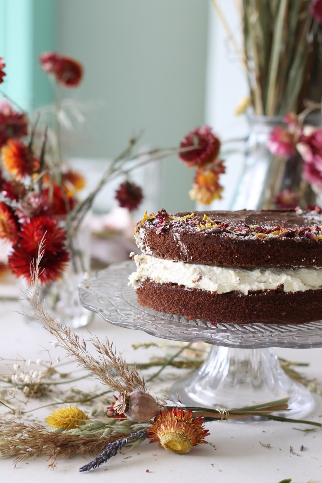 Simple Chocolate Cake with Dried Flower Decorations