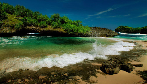 123+ Wisata Pacitan,, Pantai Kali Uluh Pacitan Jawa Timur