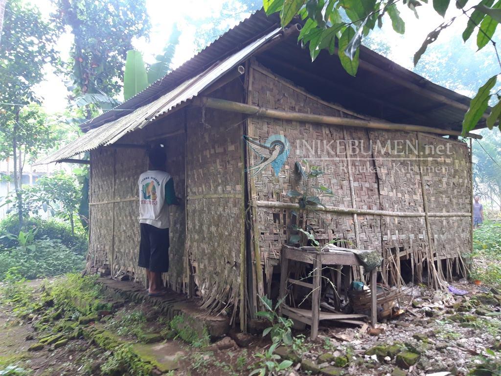 Tinggal Sebatangkara, Nenek Lansia di Puring ini Butuh Bantuan