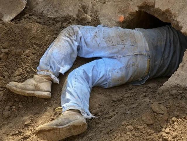पूर्व जन्म में गड़े खजाने को खोदते हुए युवक ने बनाई सुरंग, पहुंचे दूसरे के घर में