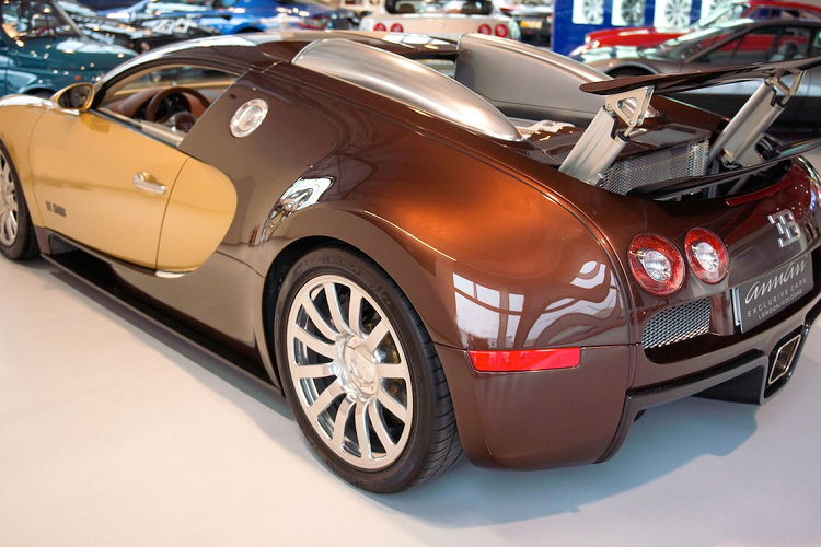Ngắm siêu xe Bugatti Veyron 'Le Mans' Edition phiên bản đặc biệt