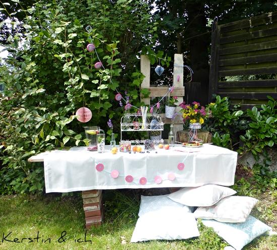 DIY Deko Gartenparty Buffet Sommer