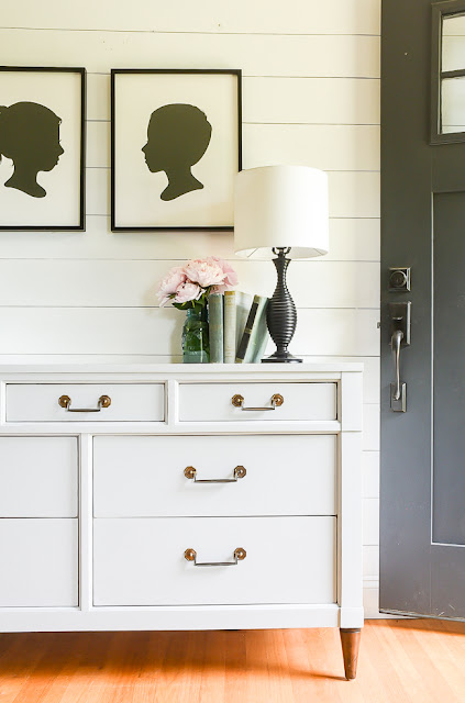 Light gray painted furniture idea