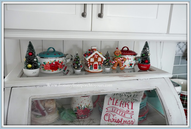 Cottage- Farmhouse -Christmas -Kitchen -Tour-Pioneer Woman-Holiday-Dutch Oven-Gingerbread Man-From My Front Porch To Yours