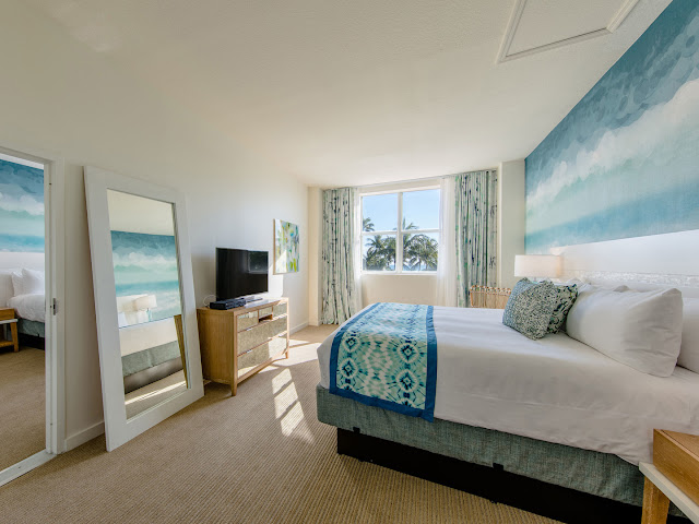 Book your Miami vacation rentals in this contemporary, light-filled suites and guest rooms on Ocean Drive at Marriott Vacation Club Pulse, South Beach.