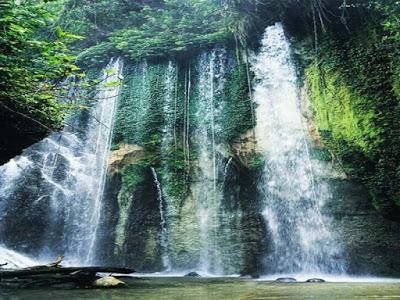 Air Terjun Safrok berada di Distrik Sawiat Kabupaten Sorong Selatan, Papua Barat