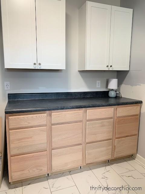 Set of drawer base cabinets