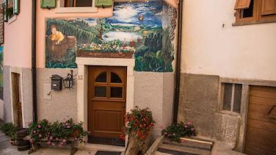 """Guardia """"Paese dei Murales e dei dipinti"""" (Folgaria - Trento) Gite e vacanze in Trentino"""