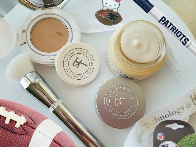 Itcosmetics Confidence In A Compact SPF 50+ review by Barbies Beauty Bits