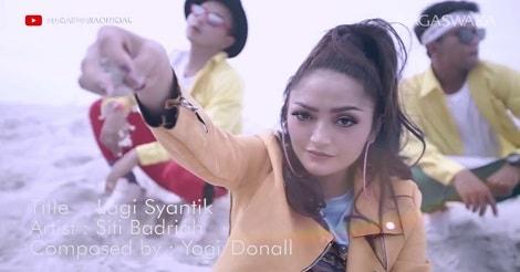 Siti Badriah – Lagi Syantik salah satu lagu dangdut indonesia