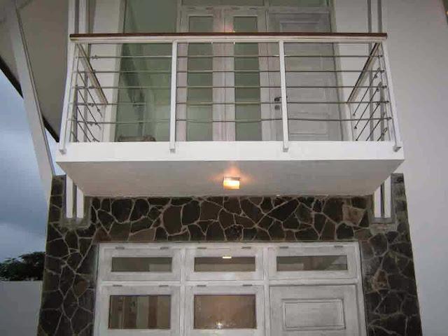 balkon minimalis rumah mungil