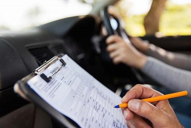 Πενθήμερη αποχή των εξεταστών - Στον «αέρα» τα διπλώματα οδήγησης