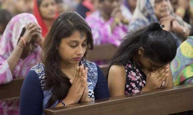 Cristãos são agredidos por radicais hindus durante reunião de oração na Índia