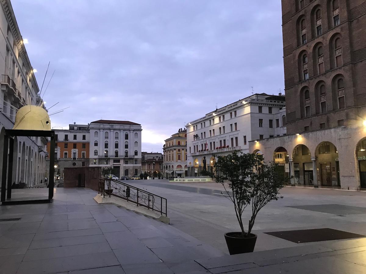 Piazza della Vittoria, Brescia, Pohjois-Italia