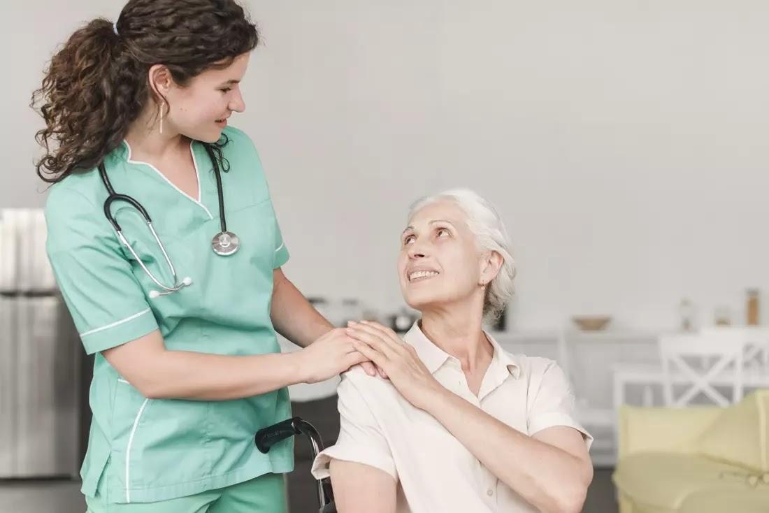 Enfermeira e paciênte