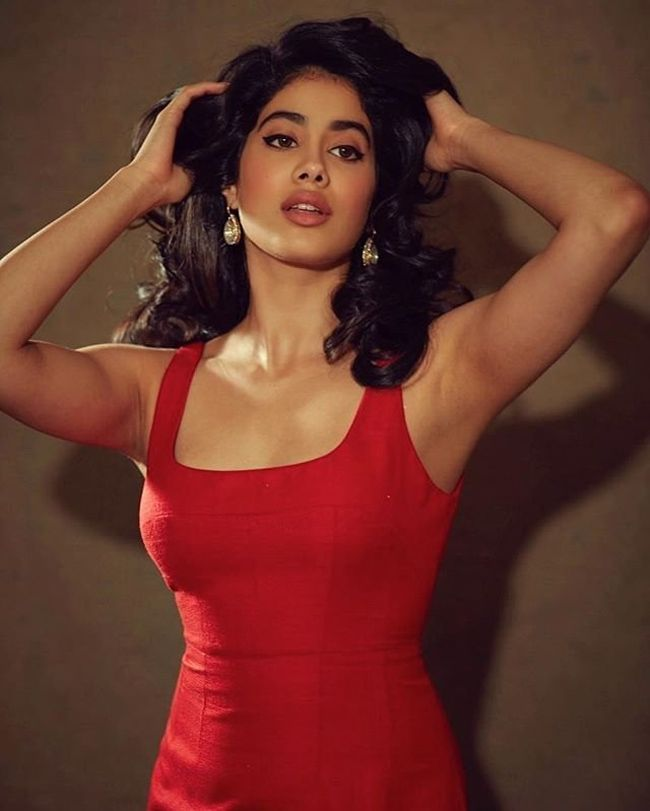 Pic of the day: Janhvi Kapoor Latest Instagram Pictures