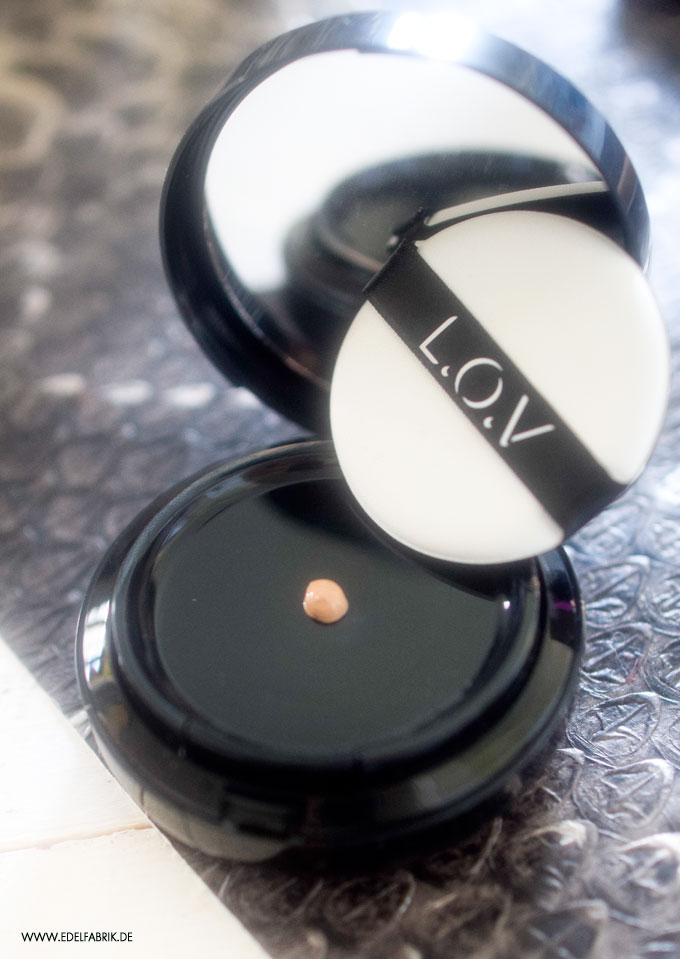 LOV Extra Ordinary Perfect Fluid Foundation, Verpackung