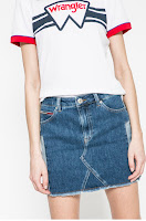 fuste-din-colectia-tommy-jeans-8