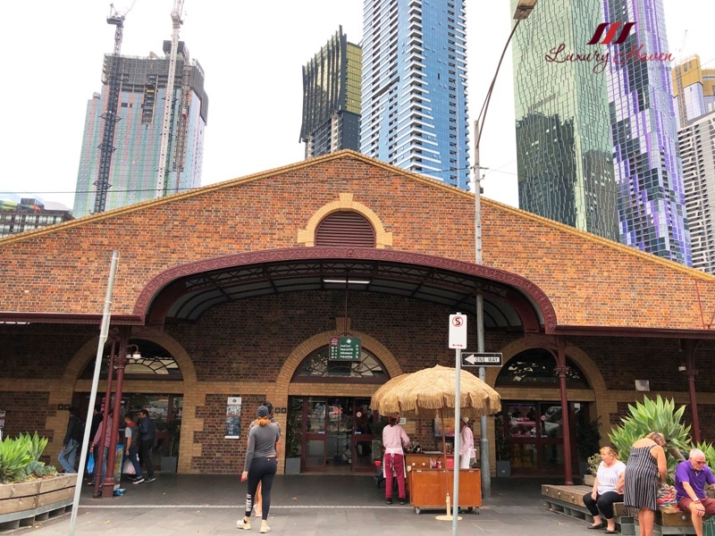 melbourne sightseeing queen vic market ultimate foodie tour