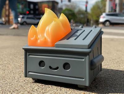 Rotofugi Exclusive Dumpster Fire Smog Black Edition Vinyl Figure by 100% Soft