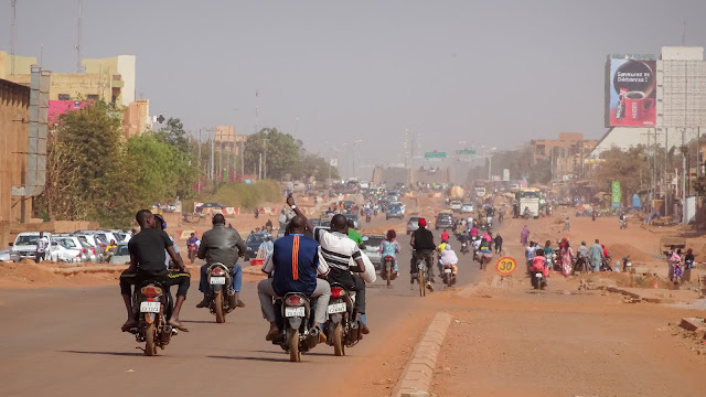Things to do outside Ouagadougou. Taking a bicycle and ride the highway
