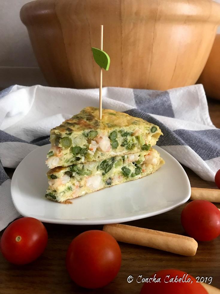 tortilla-espárragos-ajetes-langostinos-pincho