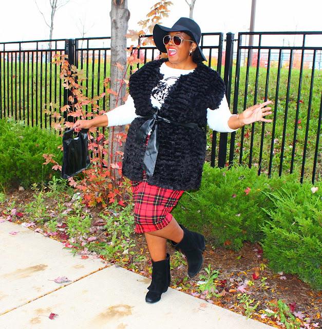 Plus Size Fashion Blogger Plaid Skirt Faux Fur Vest Felt Fedora