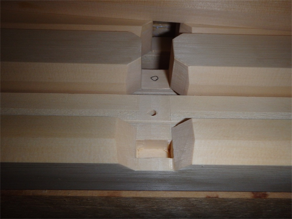 Foyer Ceiling Joints : The carpentry way