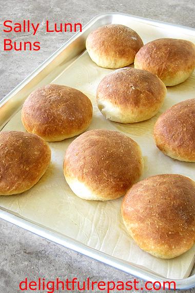Sally Lunn Buns - Jane Austen Comfort Food / www.delightfulrepast.com