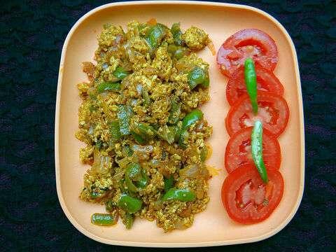 Paneer-cupsicam-bhurji-recipe-indian