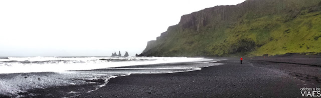Reynisdrangur Islandia