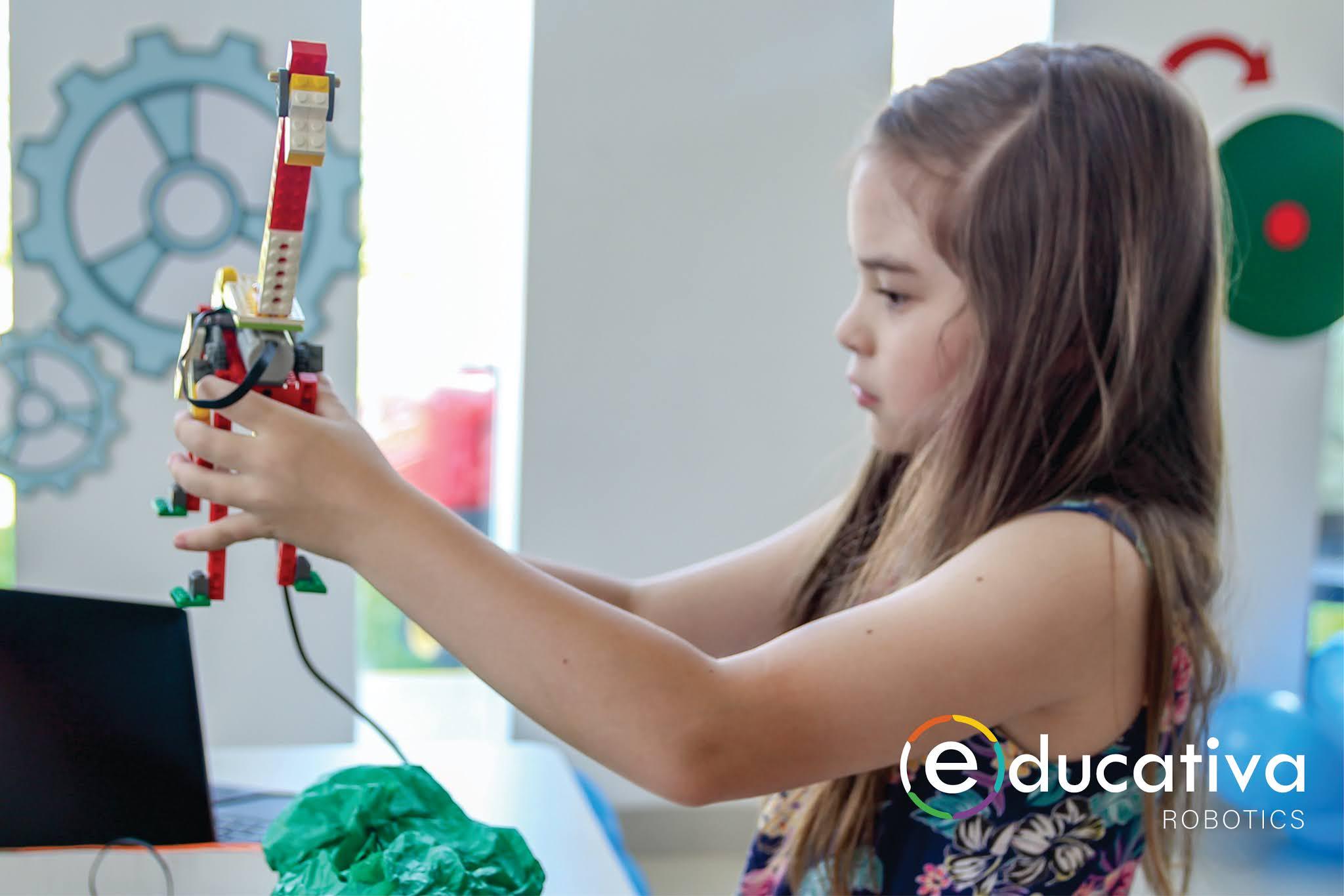 importancia-robotica-educacion-educativa-robotics-lego-duplo-arduino-ninos-ninas-adolescentes-jovenes-cursos-clases-talleres-arequipa-peru