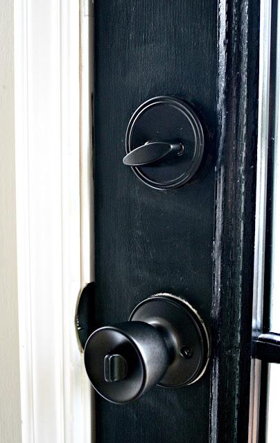 spray painting door knobs