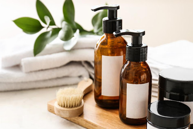 Best Shampoos For Dry And Damaged Hair In India