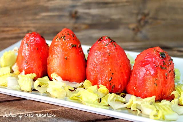 Tomates rellenos de cous-cous. Julia y sus recetas