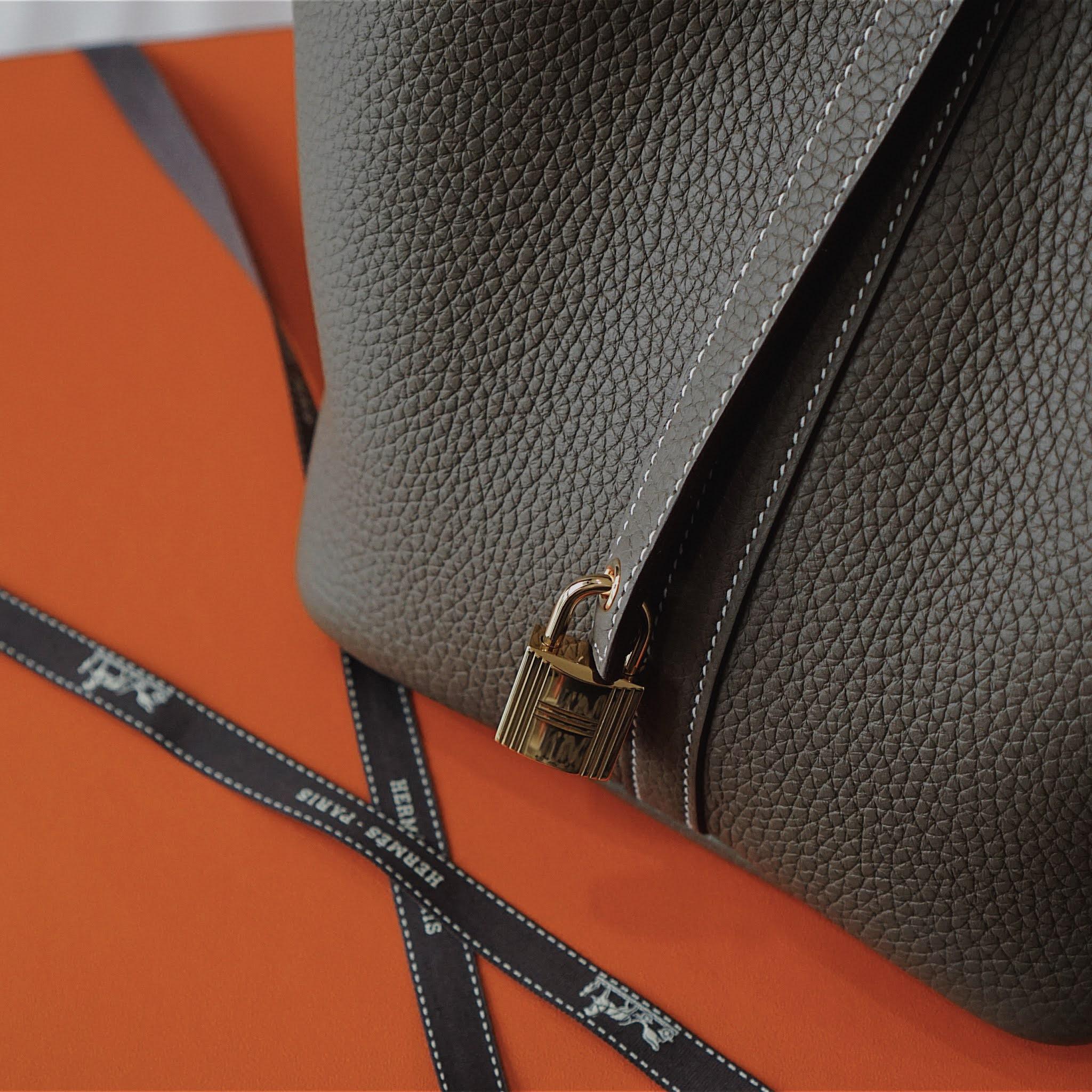 Hermes Picotin Lock 22 etoupe