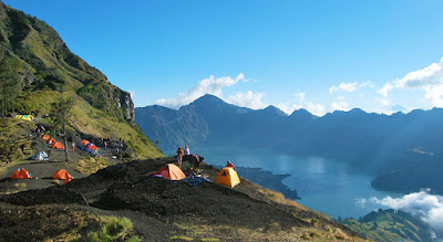 Plawangan Sembalun Crater Rim 2639 meters Mount Rinjani