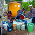 Polres Lumajang Bagikan Air Bersih Untuk Desa Krisis Air