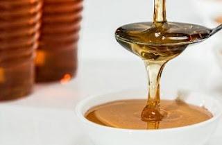 معرفة لون العسل وخصائص ومميزات العسل الطبيعي