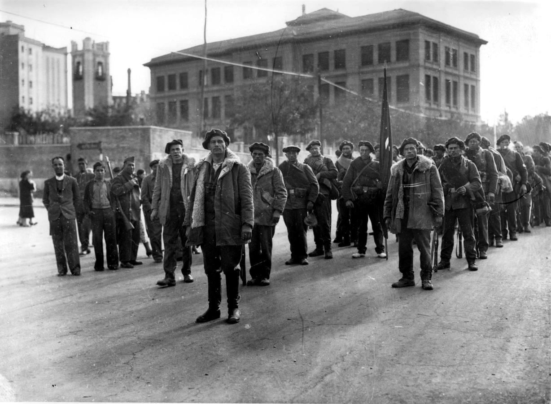 Resultado de imagen de Llegada a España de una columna de brigadistas, en 1936