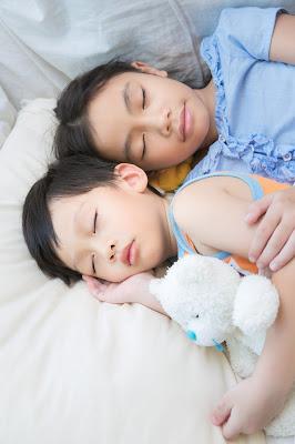 WFH Sambil Jaga Anak? Siasati dengan Kamera Pintar