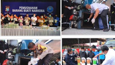 Buah Sinergitas, Polda Riau Bersama BNNP Riau Musnahkan 122 KG Sabu dan 10.000 Ekstasi