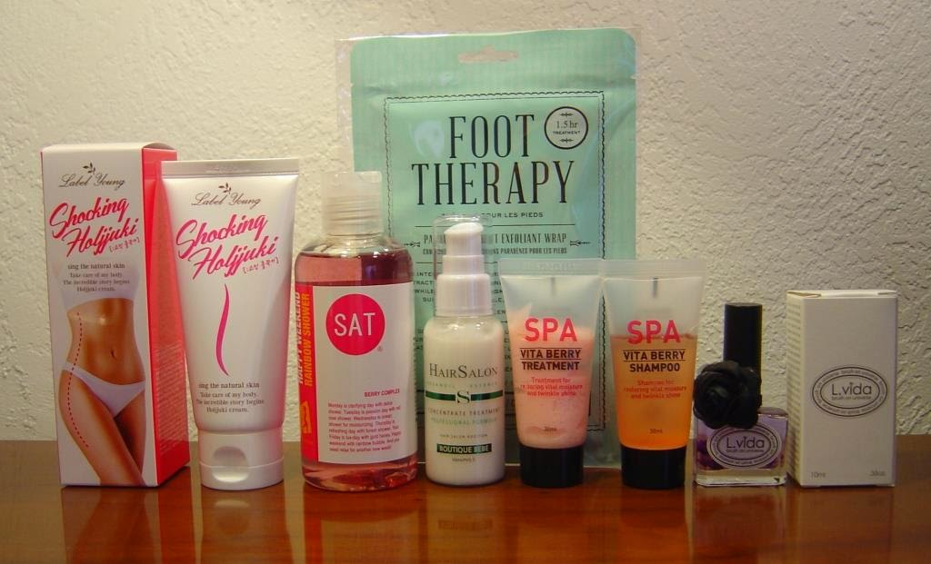 Memebox #Hair & Body 2 Beauty Box products unboxed.jpeg