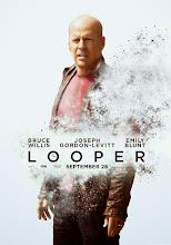Looper: Asesinos del futuro (2012)