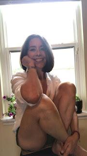 women, gray hair, women over 40, 50 year old women, beautiful women, healthy women, happy women, puerto rican women